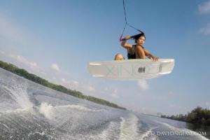 ac-wakeboard-2174